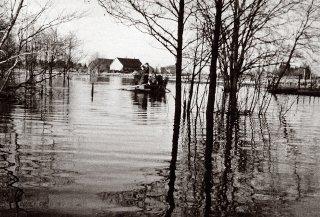 Kurevere väli suurvee ajal enne 1967. aastat